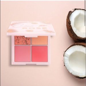 New. COCO ROSE FACE PALETTE